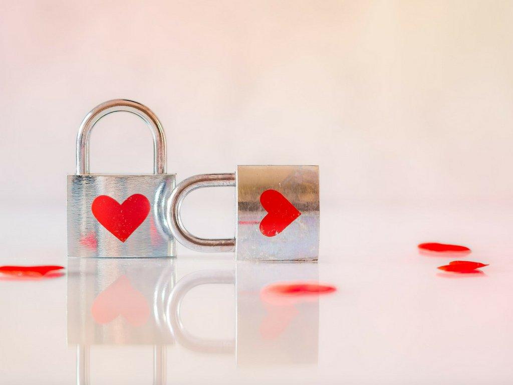 Emocje przeciwstawne: blokując jedną, blokujesz także drugą
